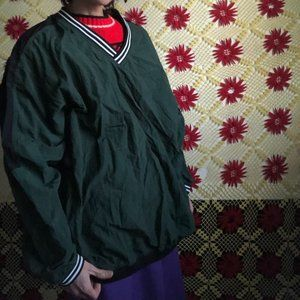 Green windbreaker pullover Large One size